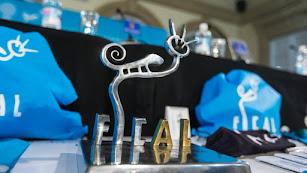 El galardón que el Festival de Cine ofrece a los premiados.