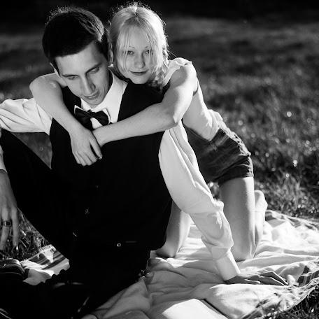 Wedding photographer Anastasiya Zakomornaya (nastyartgirl). Photo of 04.12.2015