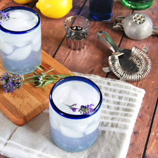 Lemon Lavender Gin Fizz