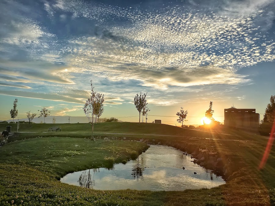 Pretty Utah sunset at a pond by Kasey Chesnut - Instagram & Mobile iPhone ( utah sunset pond pretty clouds sky )