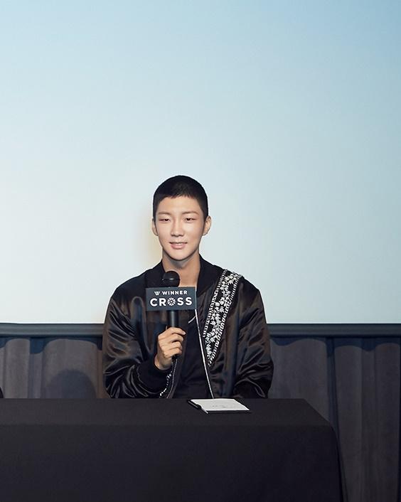 winner seunghoon buzz cut 5