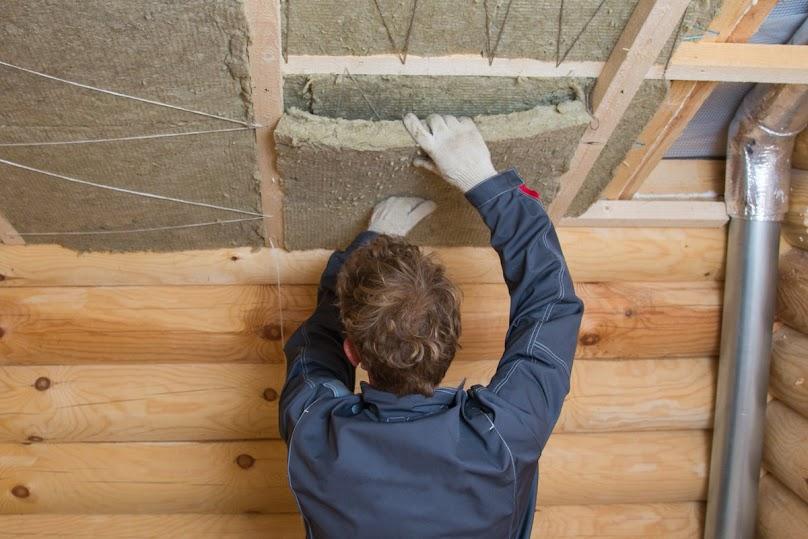 Ocieplanie dachu wełną mineralną