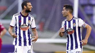 El jugador huercaleño celebrando el gol con Javi Moyano.