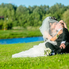 Wedding photographer Denis Buntukov (Deonis). Photo of 30.09.2014