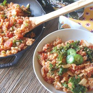 """Spanish Cauliflower """"Rice"""" {Vegan}."""