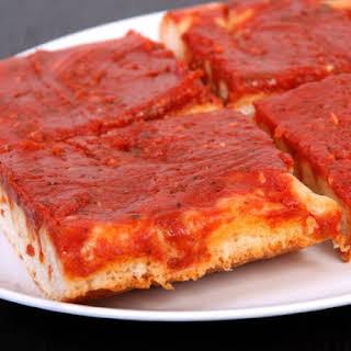 Pizza Rossa Alla Romana (Roman Red Pizza).