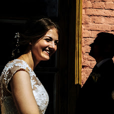 Wedding photographer Yuliya Loginova (shinigami). Photo of 25.10.2017