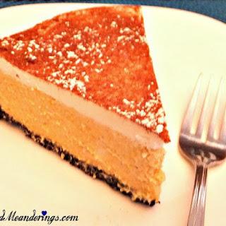 Skinny Pumpkin Cheesecake with Oreo Cookie Crust.