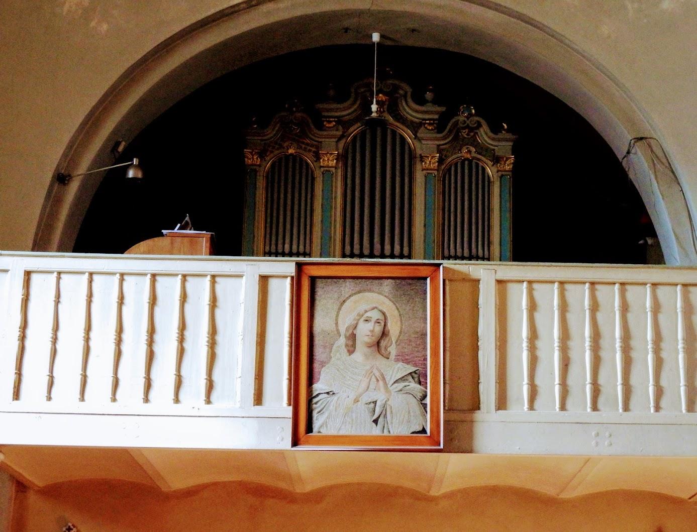 Pilisszántó - Páduai Szent Antal rk. templom, templombelső