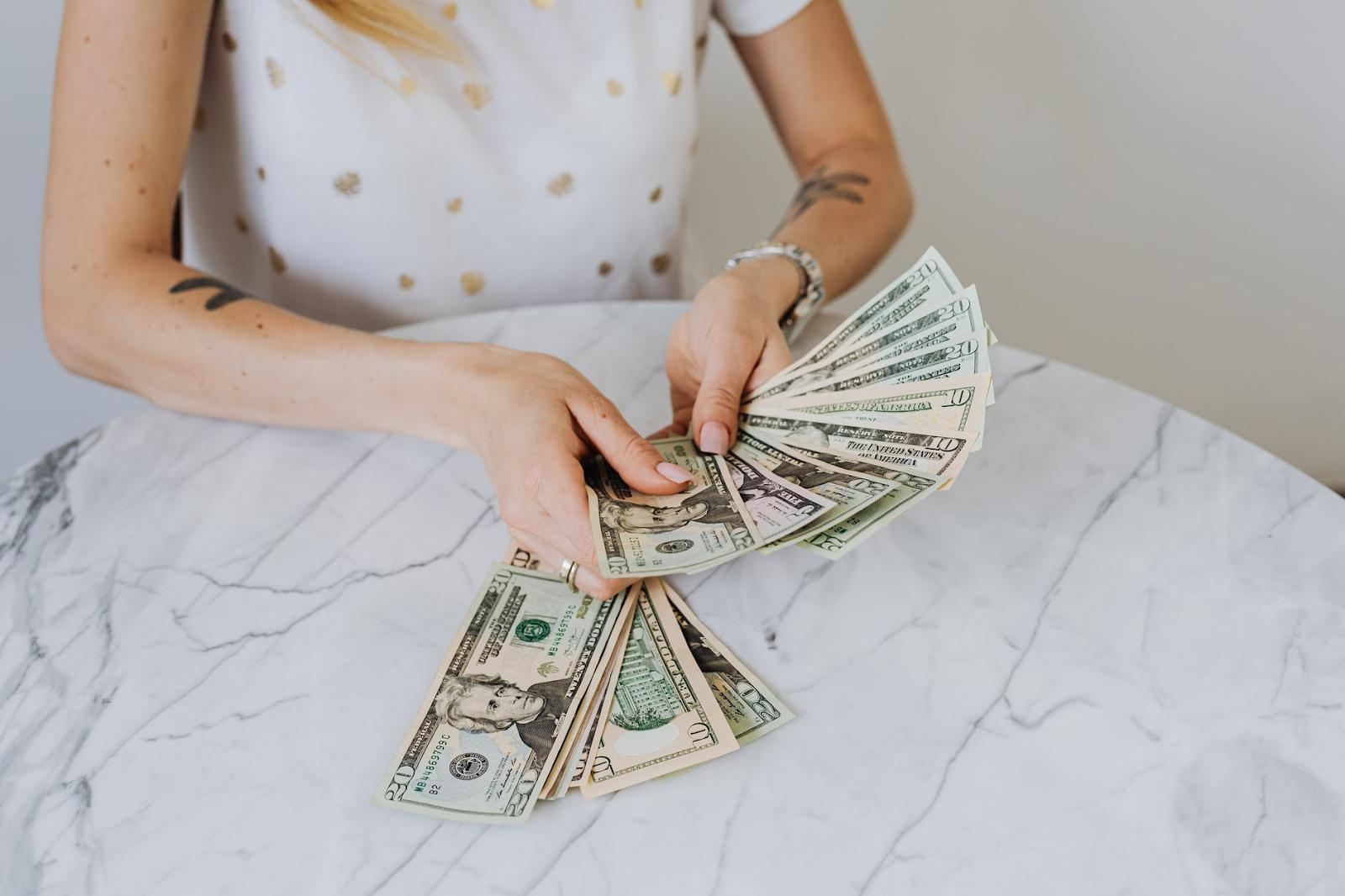 Dinero destinado a ahorros