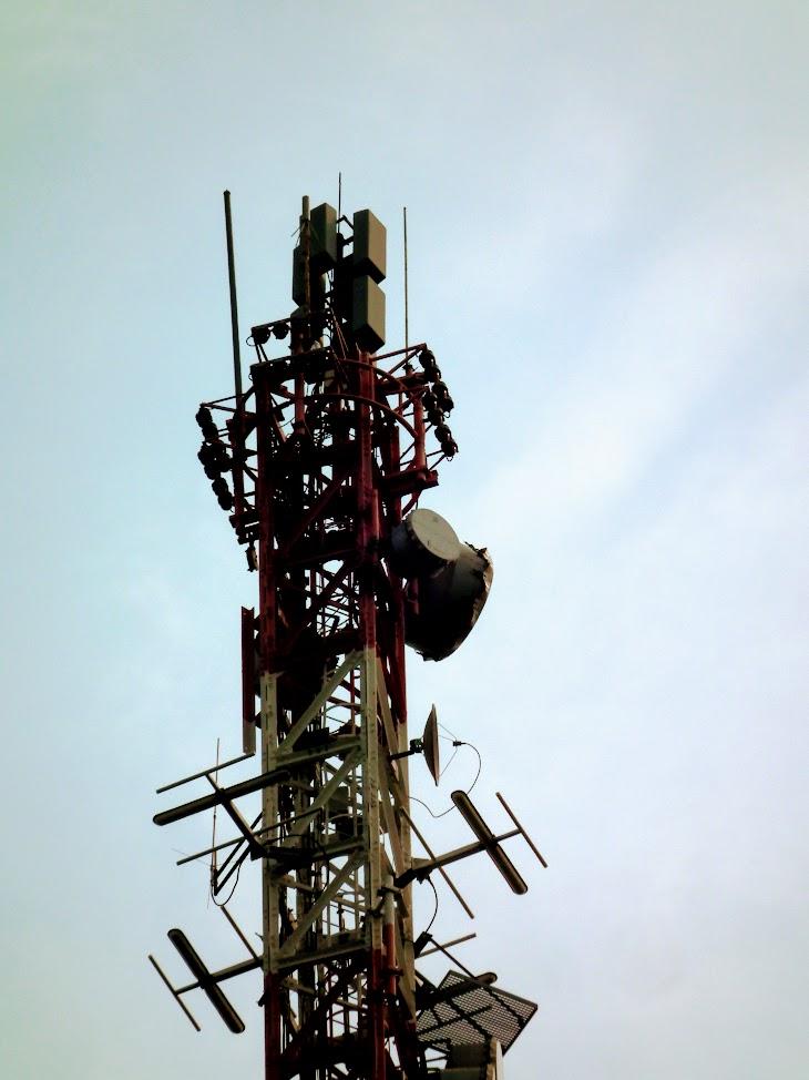Zalaegerszeg/Bazita - DVB-T gapfiller+helyi URH-FM+DVB-T adóállomás