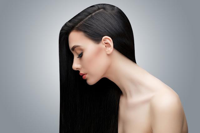 ヘアブラシを正しく使って美髪に
