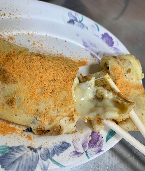 很威的起司蛋餅(拉絲又夠味)~值得一試~