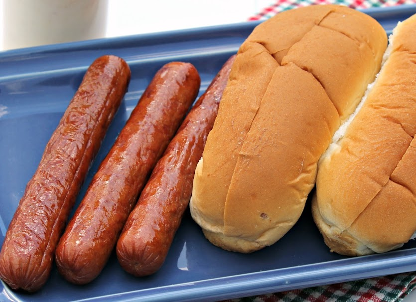 Grilled franks and hot dog buns - can't have summer without them! Try my Hot Brown-Inspired Hot Dog recipe to dress up your dog