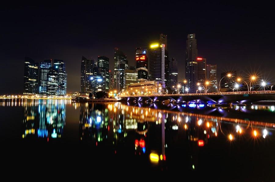by Ng Chee Seng - City,  Street & Park  Vistas