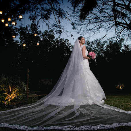 Wedding photographer Marcos Vinícius (marcosviniciuspm). Photo of 05.01.2018