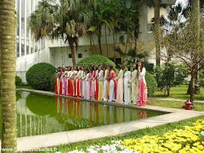 Photo: #023-Jeunes filles au musée de l'Ethnologie à Hanoi