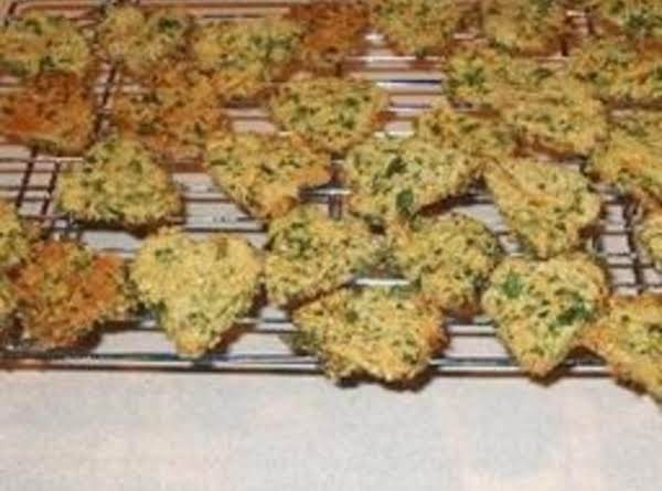 Parsley And Carrot Dog Biscuits