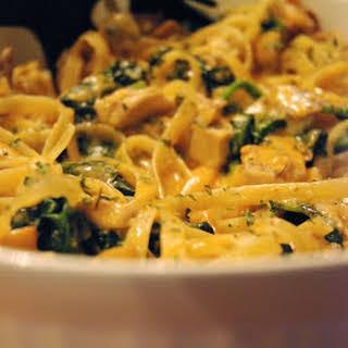 Roasted Chicken, Spinach, Mushroom Fettuccini Alfredo.