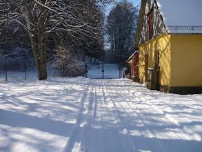 Photo: Im Gegensatz zu vereisten Strassen lässt sich festgefahrener Schnee super befahren :-))