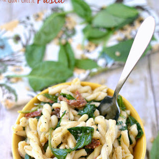 Sun Dried Tomato, Spinach & Goat Cheese Pasta