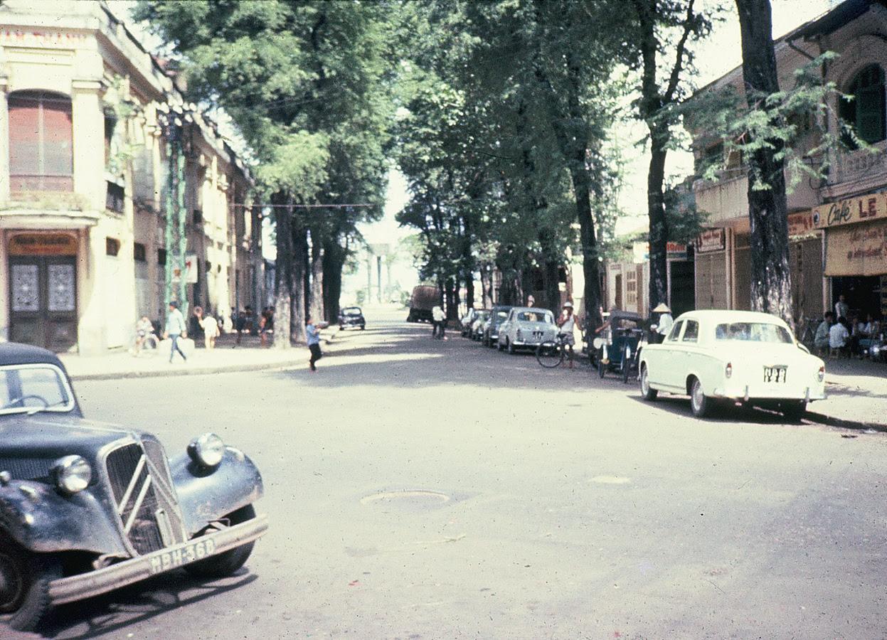 60 tấm ảnh màu đẹp nhất của đường phố Saigon thập niên 1960-1970 - 19