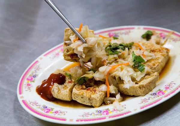 正氣路上排隊美味小吃 台東-台東林家臭豆腐