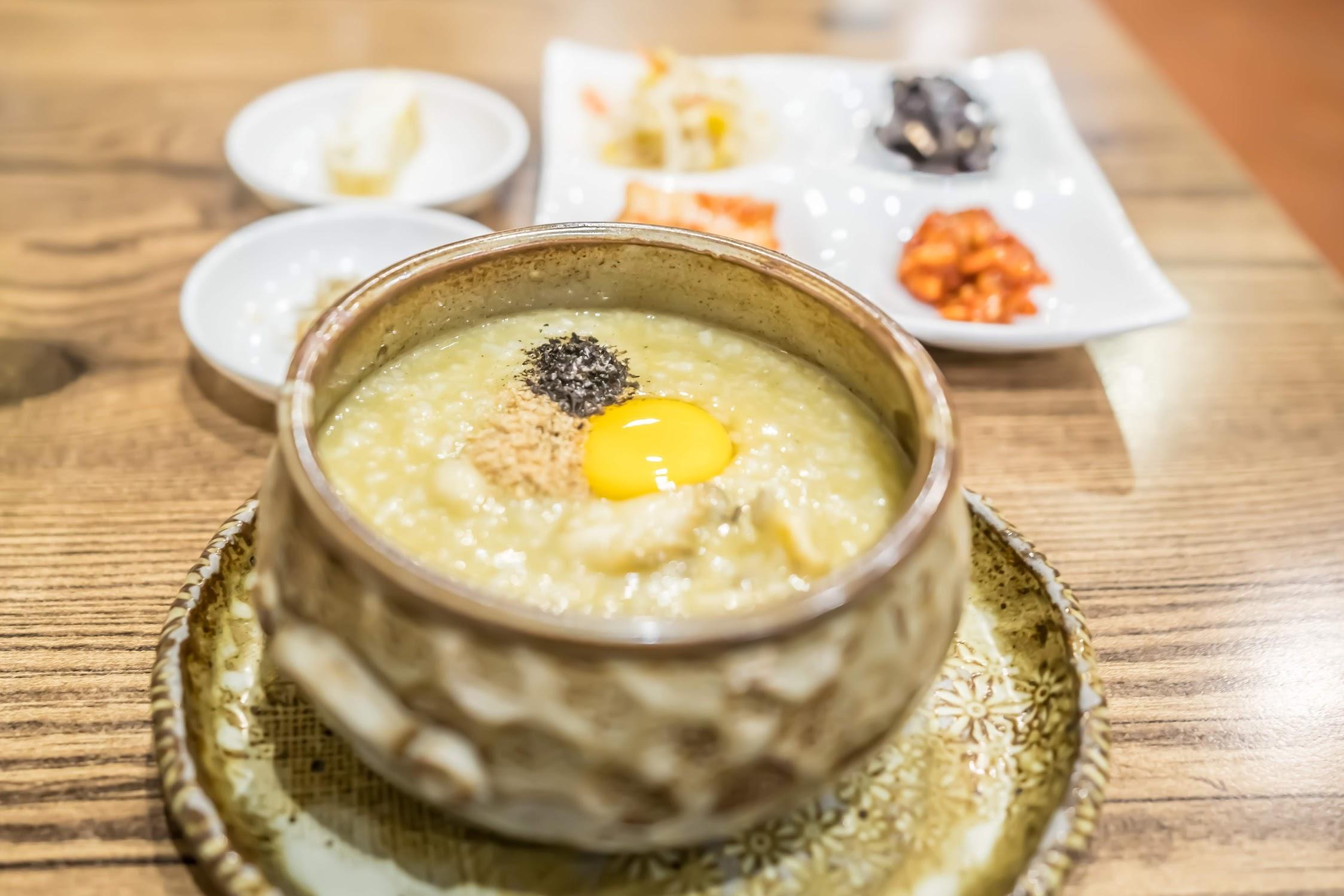 Myeong-dong Hyang-Wonjug (香苑)2