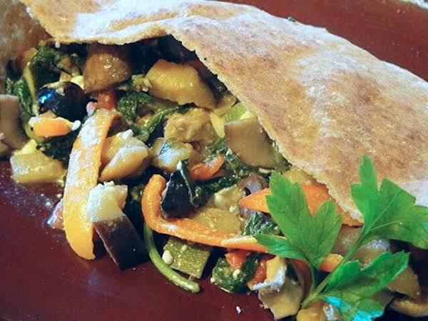 Greek Garden Pitas Recipe