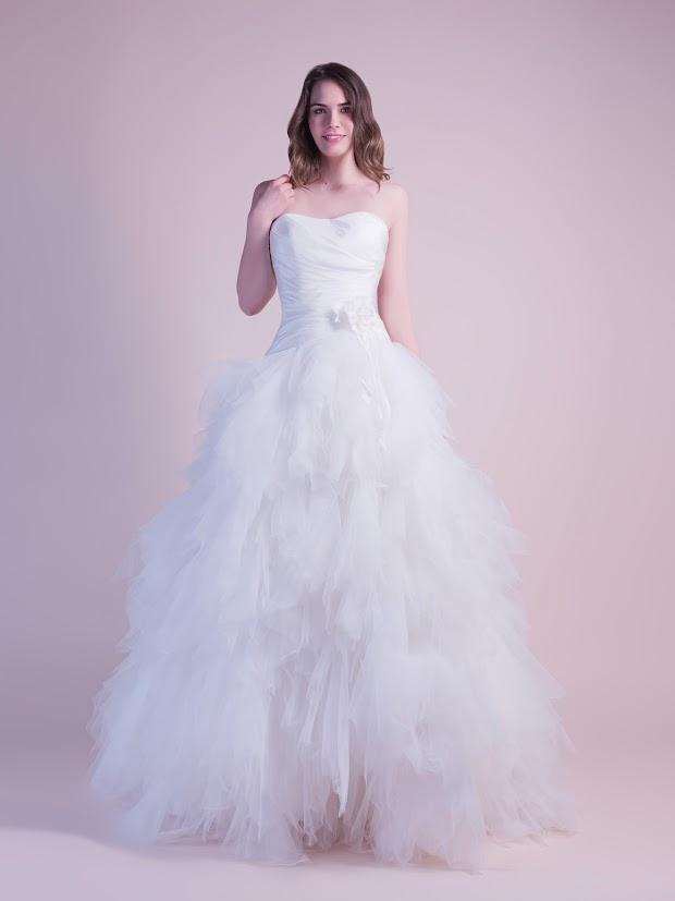 Robe de mariée Diva, robe de mariée Paris, robe de mariée mouchoirs de tulle, bustier taffetas
