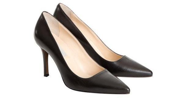 L'Autre Chose Leather Pums in Black - Lyst