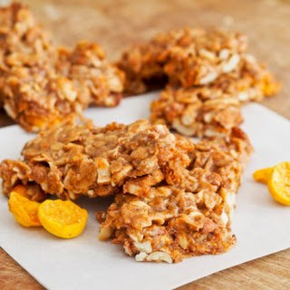 Gluten-Free Golden Berry Granola Bars.