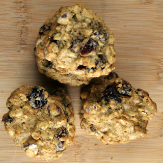 Healthy Dark Chocolate Cranberry Oatmeal Cookies.