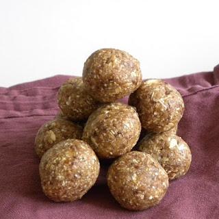 Energizing Vanilla Coconut Balls