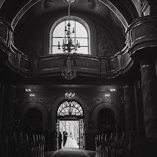 Wedding photographer Nazariy Slyusarchuk (Ozi99). Photo of 02.03.2017