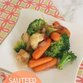 Sauteed Mixed Vegetables with Oyster Sauce.