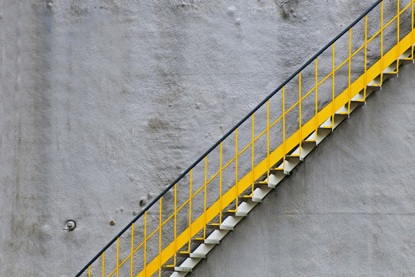 La scala gialla di Croatti Carlo