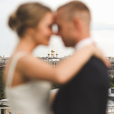 Wedding photographer Sergey Zhuravlev (ZHURAsu). Photo of 19.08.2015