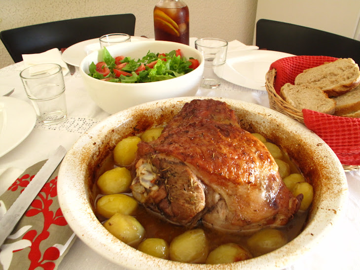 Roast Turkey Leg with Rosemary and Potatoes Recipe