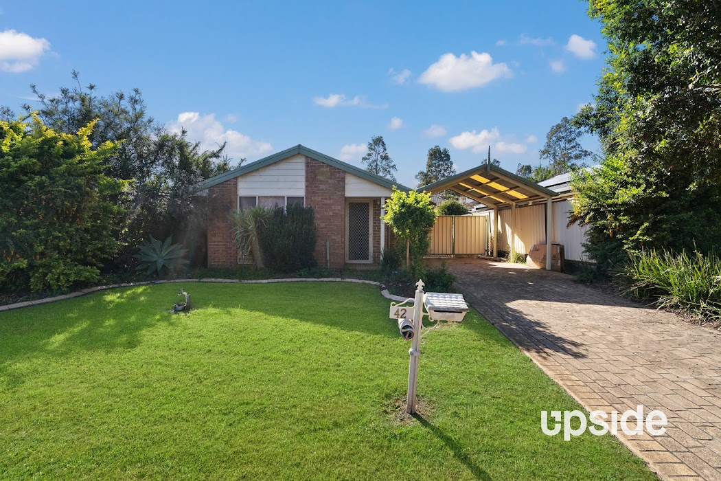 Main photo of property at 42 Hodges Place, Currans Hill 2567