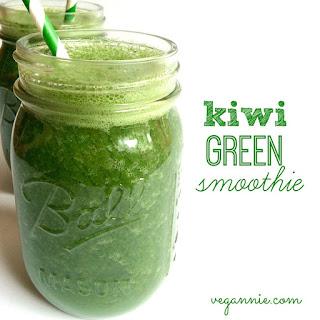 Kiwi Green Smoothie.