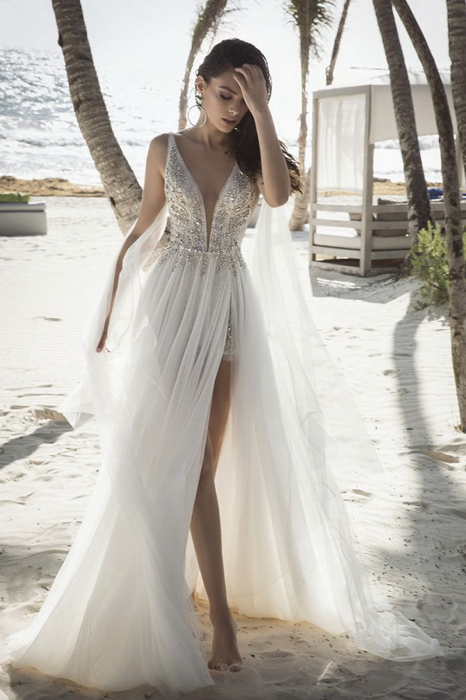 Wedding dress with a neckline