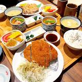 新雀日式丼飯 生魚片 壽司