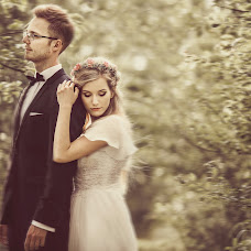 Wedding photographer Piotr Adamski (fotoap). Photo of 18.04.2017