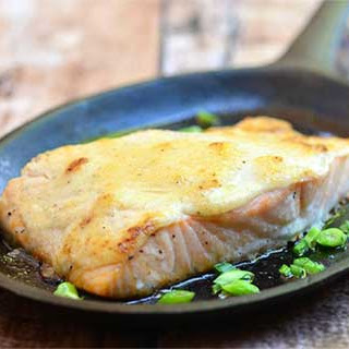 Baked Salmon with Tamarind-Mayo Topping