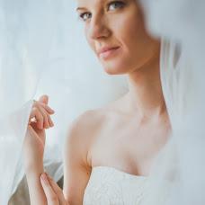 Wedding photographer Oksana Benyaminova (Anasko). Photo of 12.08.2014