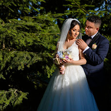 Wedding photographer Stelian Petcu (stelianpetcu). Photo of 21.06.2017