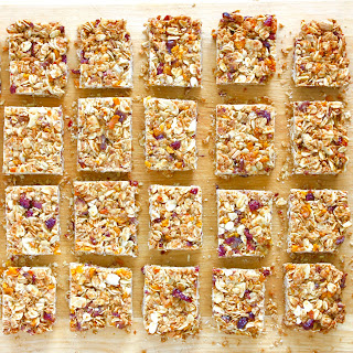 How to Make Healthy and Delicious Granola Bars.