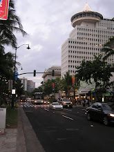 Photo: C1240027 O'ahu - Honolulu - wieczor na Kalakaua Av