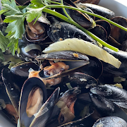 Mussels With Pernod Cream Sauce